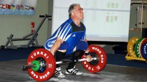 Walter Schüssler konnte sich in Lemberg nochmals um 9kg steigern. (Bild: ASV Ladenburg)