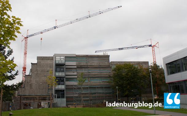 Die Sanierung des Carl-Benz-Gymnasiums soll bis zum nächsten September fertig sein.